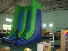 Diapositiva inflable de Mountain Crest