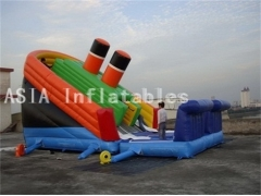 Diapositiva gigante titánica inflable